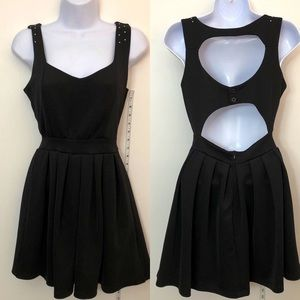 Size M Poof Couture Black Dress!